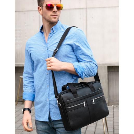 Мужской кожаный портфель черного цвета