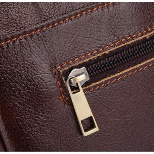Кожаная мужская сумка коричневого цвета из телячьей кожи