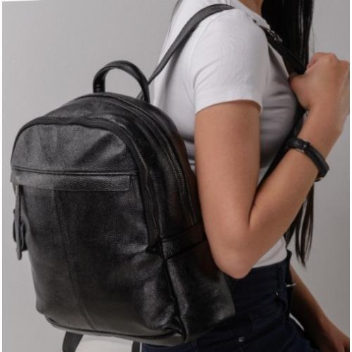 Женский рюкзак Olivia 5570A-BPU Черный