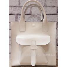 Белая сумка из натуральной глянцевой кожи с тисненым карманом