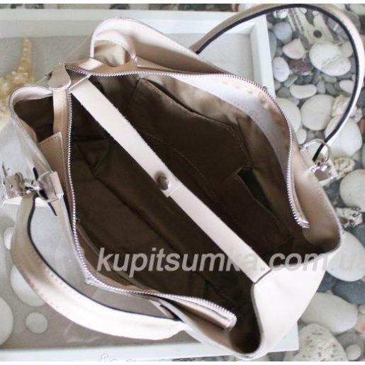 Женская сумка из натуральной кожи цвета слоновая кость