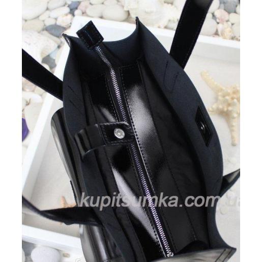 Женская сумка из натуральной глянцевой кожи чёрного цвета