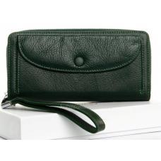Женский кошелек зеленого цвета из натуральной фактурной кожи