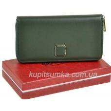 Просторный женский кошелёк из натуральной кожи зелёного цвета
