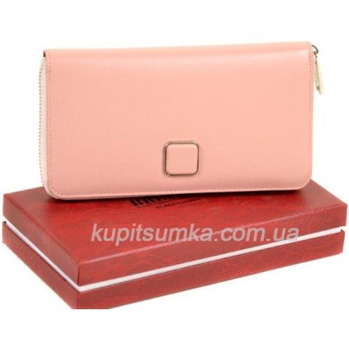 Просторный женский кошелёк из натуральной кожи розового цвета