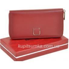 Просторный женский кошелёк из натуральной кожи тёмно - красного цвета