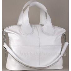Универсальная сумочка из мягкой натуральной кожи белого цвета