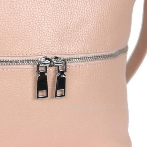 Удобная женская сумка из натуральной бежевой кожи
