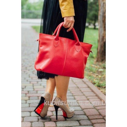 Классическая женская сумка чёрного цвета из натуральной зернистой кожи