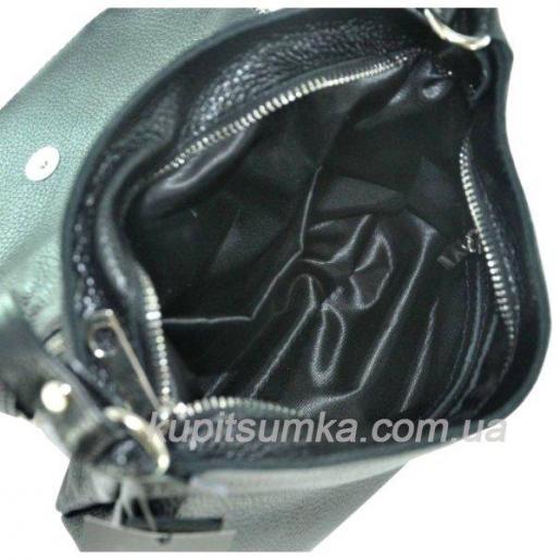 Женская кожаная сумка тёмно - зелёного цвета с кисточками