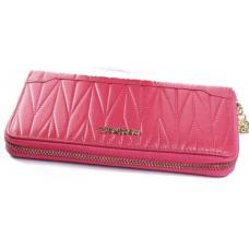 Женский розовый кошелек из натуральной кожи с тиснением на фасаде