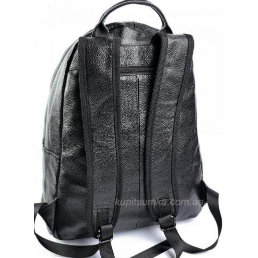 Вместительный чёрный рюкзак из мягкой кожи с передним карманом