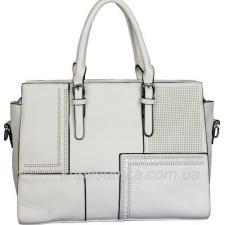 Женская сумка с элементами перфорации из кожзаменителя белого цвета