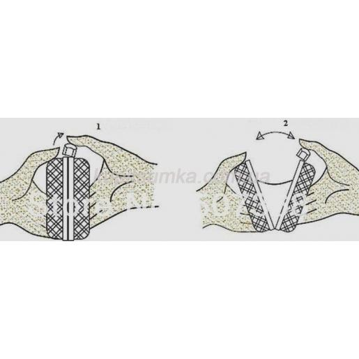 Вечерний клатч серебристого цвета 44U3