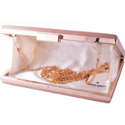 Стильный клатч для торжественных случаев Фурнитура золотистая Бежевый