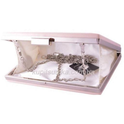 Стильный клатч цвета пудры серебряная фурнитура