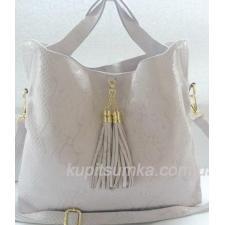Женская сумка пудрового цвета из натуральной кожи со съемным брелоком