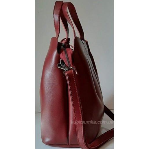 Женская сумка из натуральной кожи цвета спелой вишни
