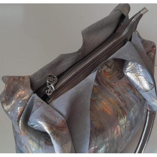 Эффектная женская сумка из натуральной кожи с принтом бабочек