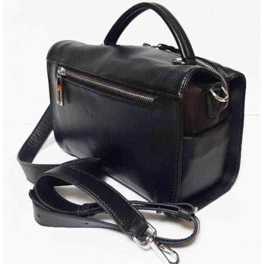 Женская кожаная сумка-мессенджер черная Q411N