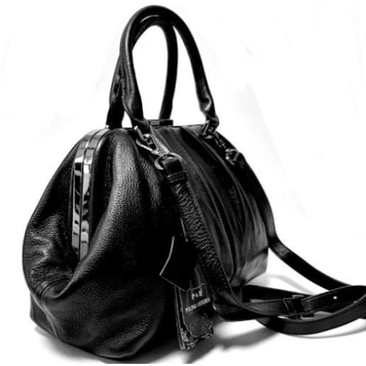 Женская сумка кожаная ридикюль черная Polina & Eiterou 305N
