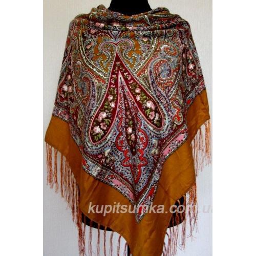 Уютный украинский платок с цветочным узором Кэмел