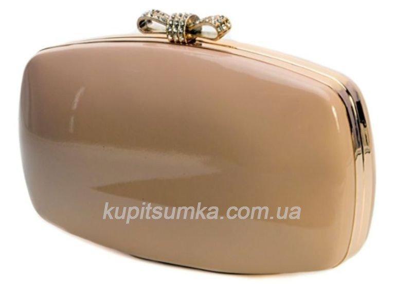988ba808a22a Лаковая женская сумочка - клатч бежевого цвета с застёжкой со стразами  098И25